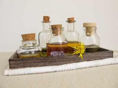 pflanzen- und mandelöle für haut und haare