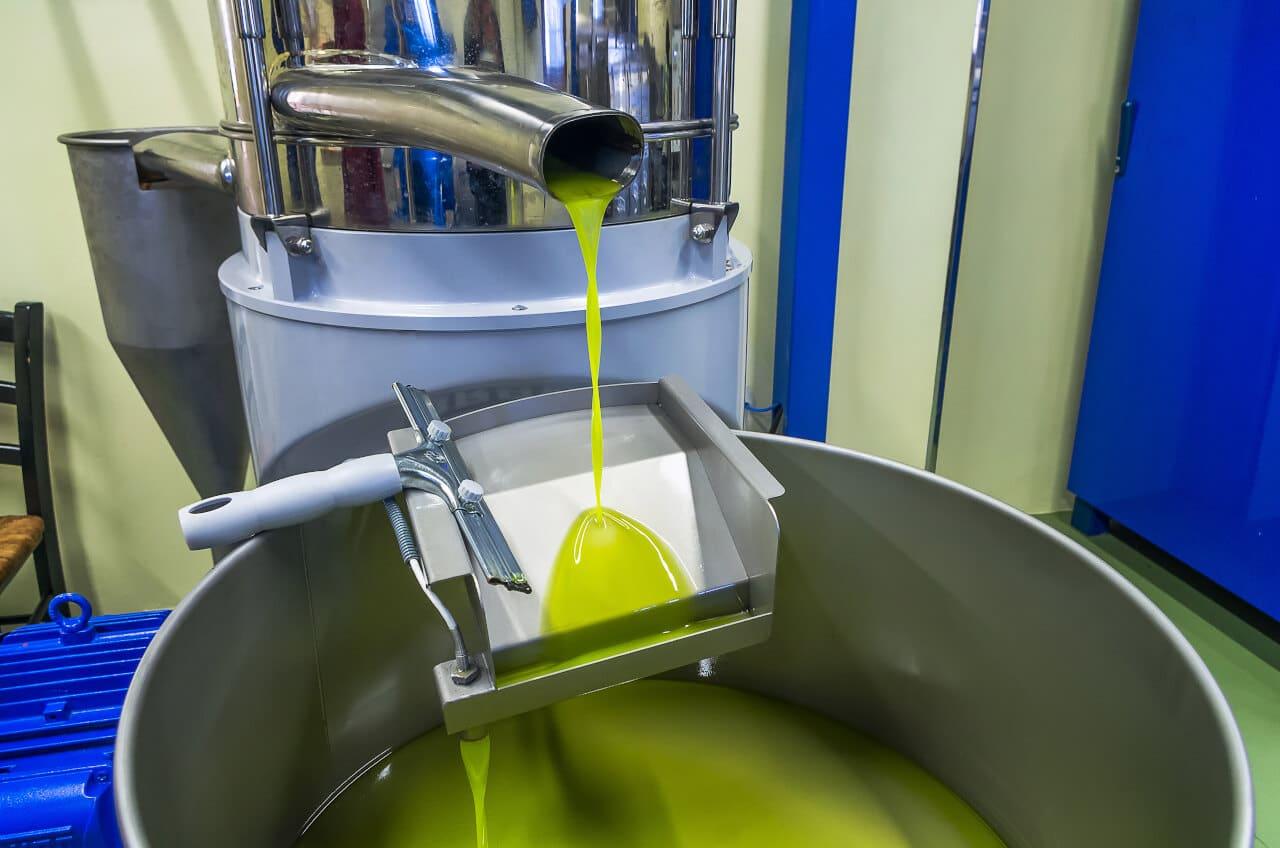 Industrielle Herstellung von kaltgepressten Ölen